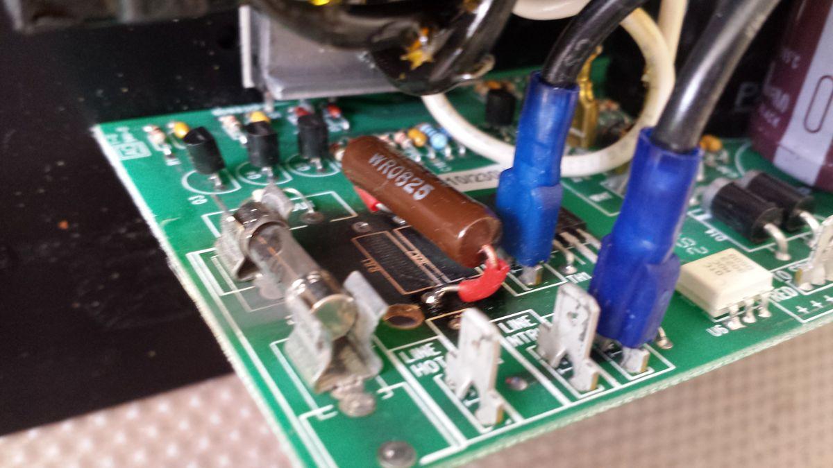 Paradigm PDR10 Rattle and Hum Faults - Radio Retro